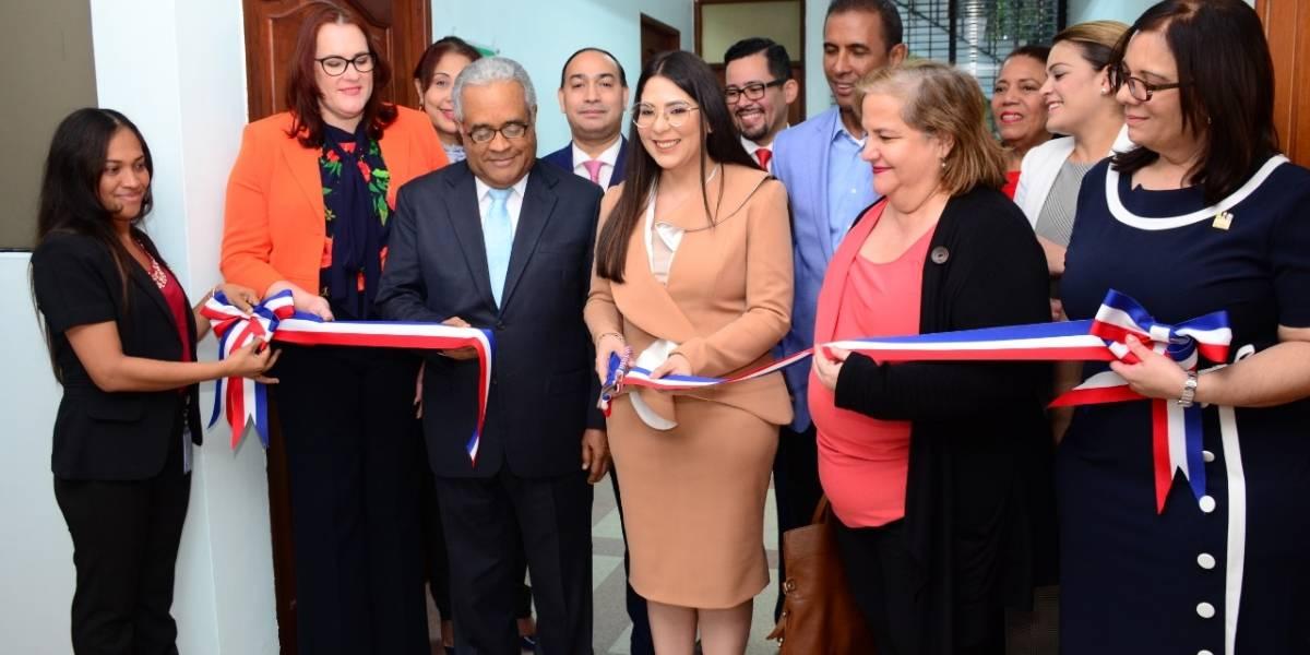 CONANI inaugura sala de lactancia materna