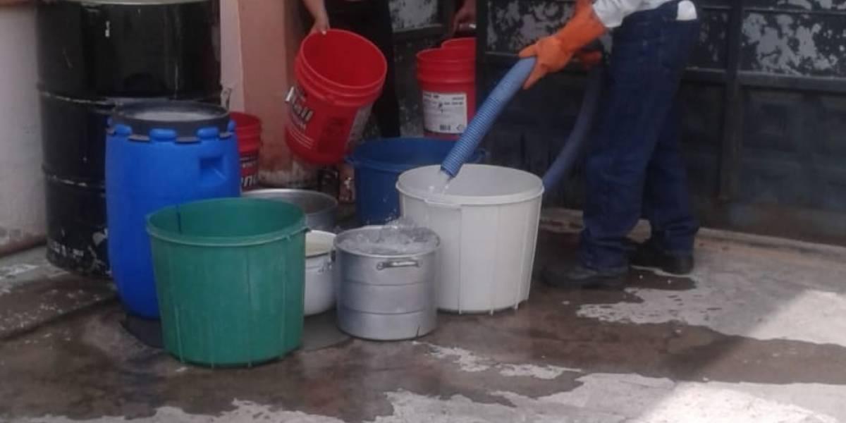 Quito: Continúa suspensión de clases en el Distrito Los Chillos por rotura de tubería en Tesalia