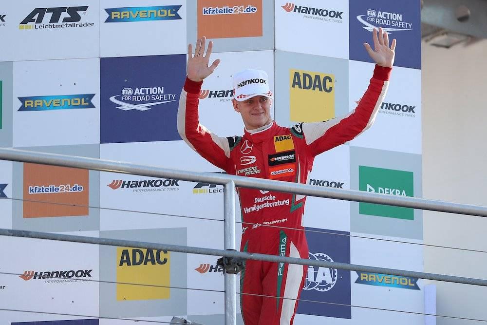 El estado de salud de Schumacher sigue bajo misterio |GETTY IMAGES Getty Images