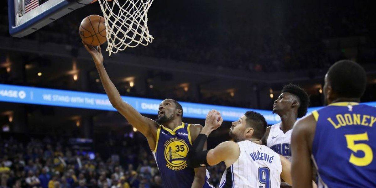 NBA: Kevin Durant rozó los 50 puntos en un triunfo que confirma el alza de los Warriors