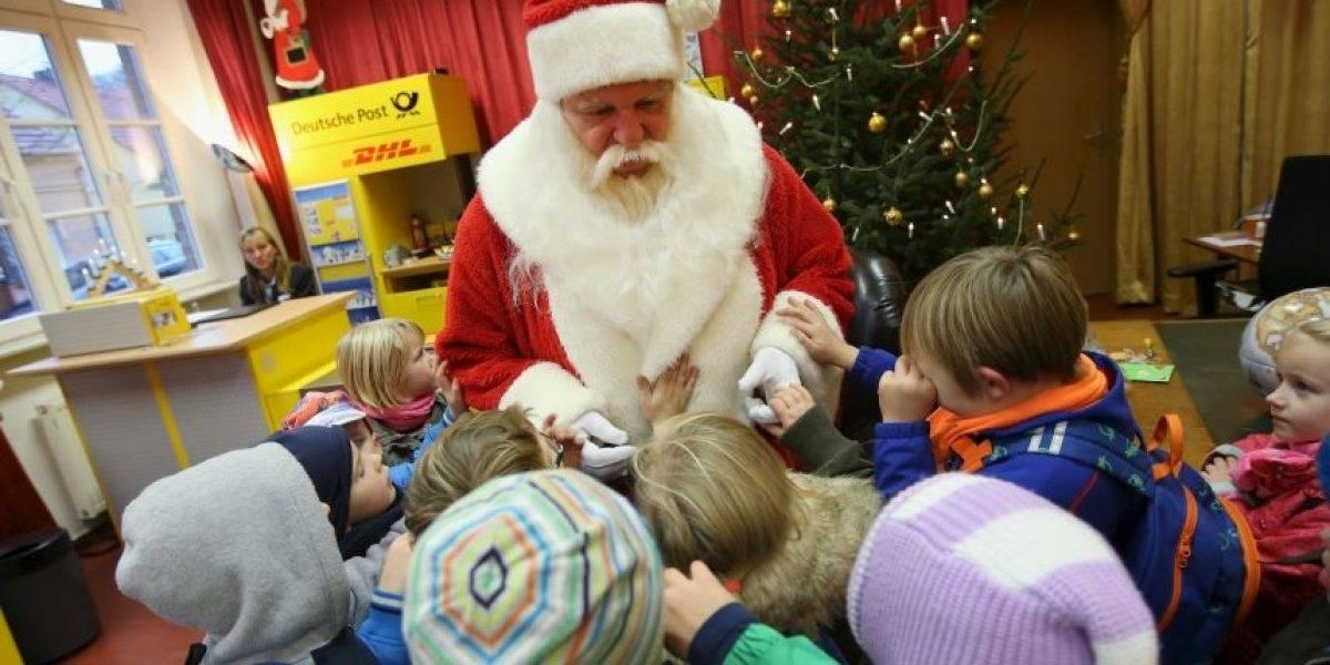 Ley de protección de datos alemana le quita la navidad a más de 4 mil niños: no pueden escribir su carta al viejito pascuero