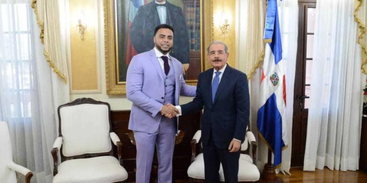Nelson Cruz visitó a Danilo