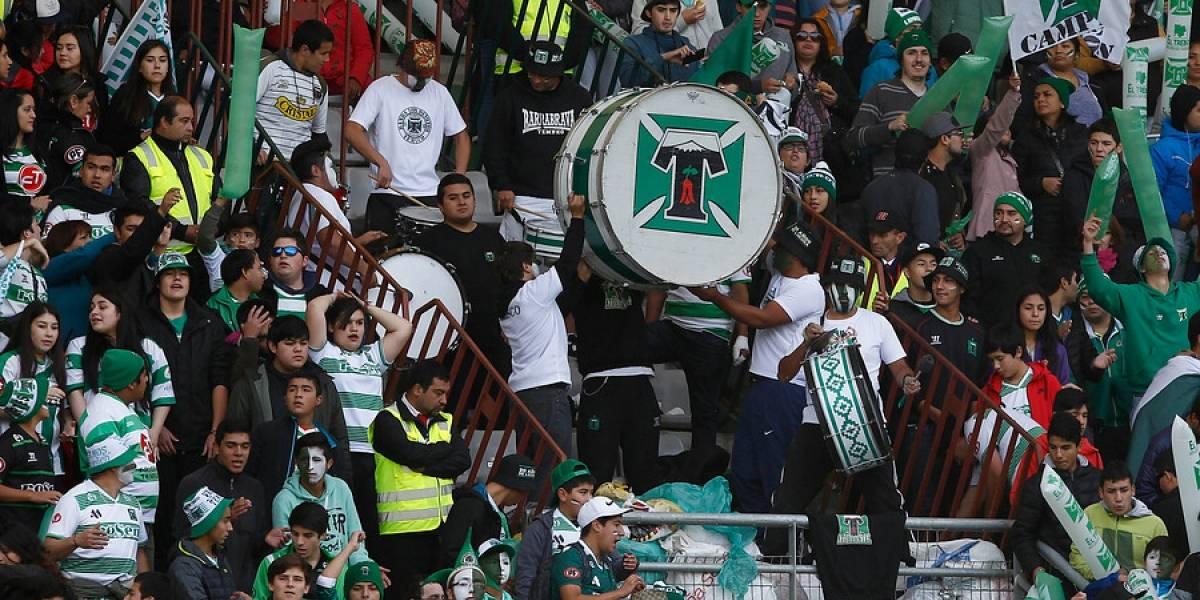 """La consigna de lucha es clara en Temuco: """"Queremos un estadio lleno de blanco y verde, no de cruzados"""""""