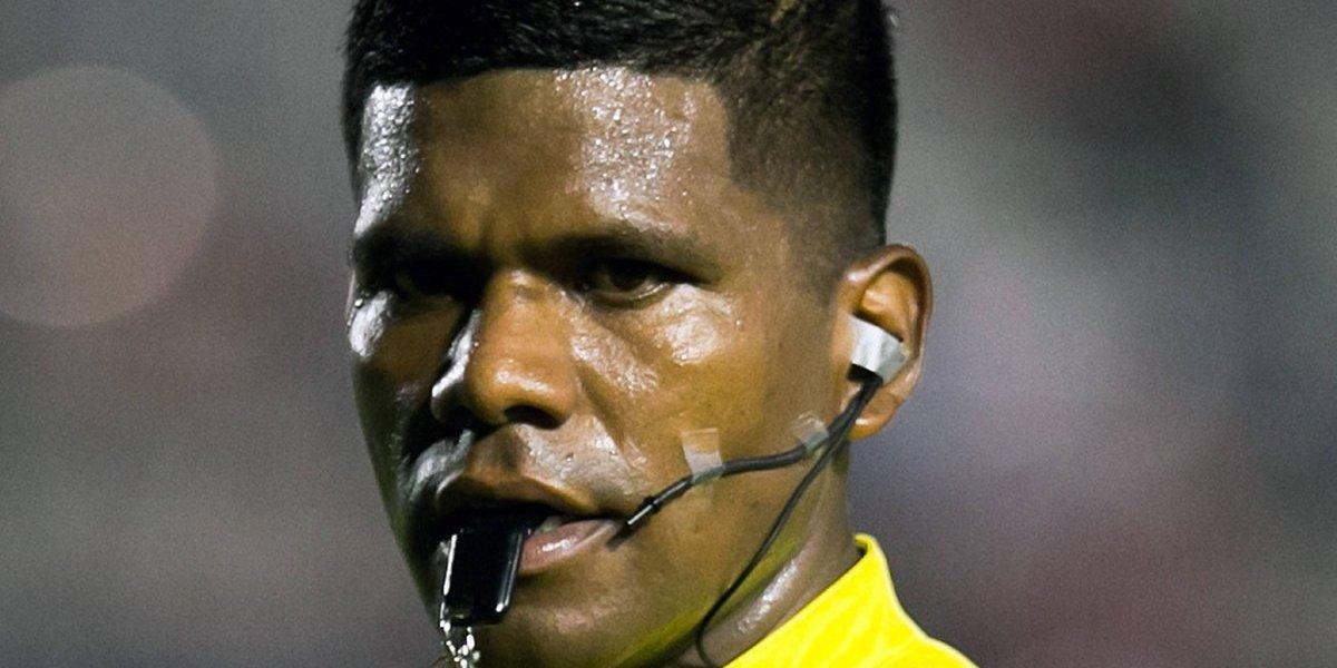 El árbitro, Adalid Maganda, volverá a las canchas tras denunciar su despido por racismo