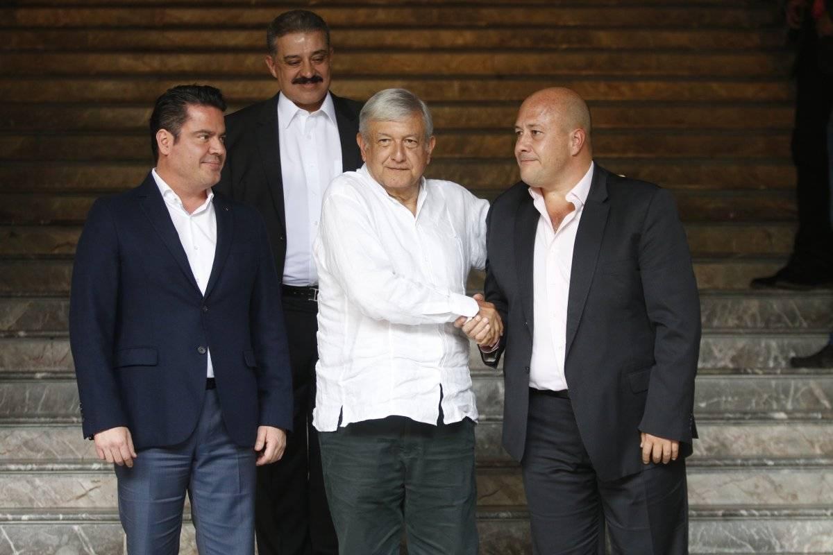 Alfaro en reunión con el presidente electo, Andrés Manuel López Obrador. Foto: Cuartoscuro