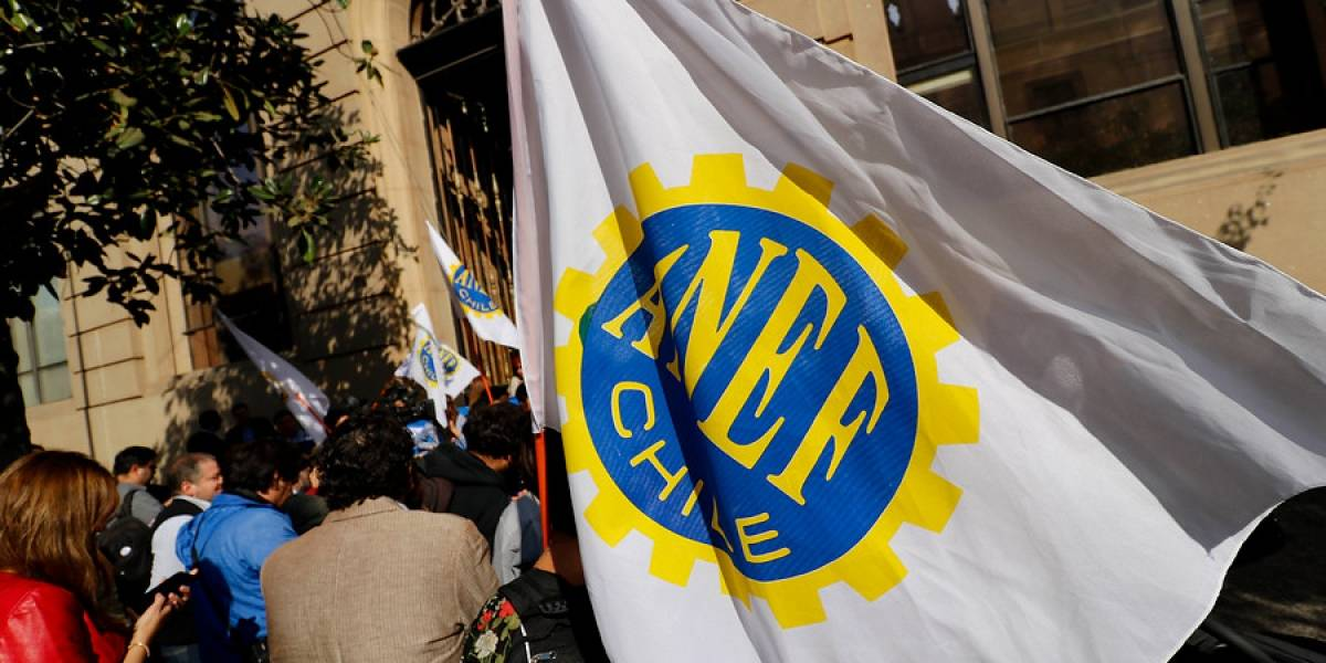 Habemus acuerdo: Gobierno y trabajadores del sector público concuerdan reajuste salarial de 3,5%