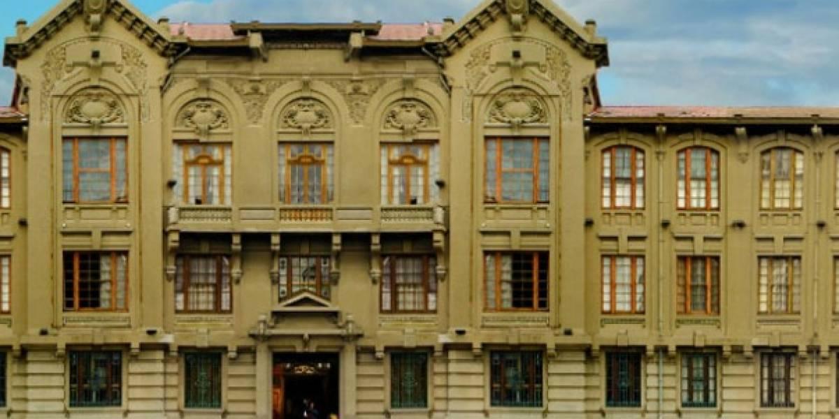 Amenaza de tiroteo en la Universidad Católica de Valparaíso: supuesto estudiante utilizó la misma plataforma que autores de masacre en EEUU
