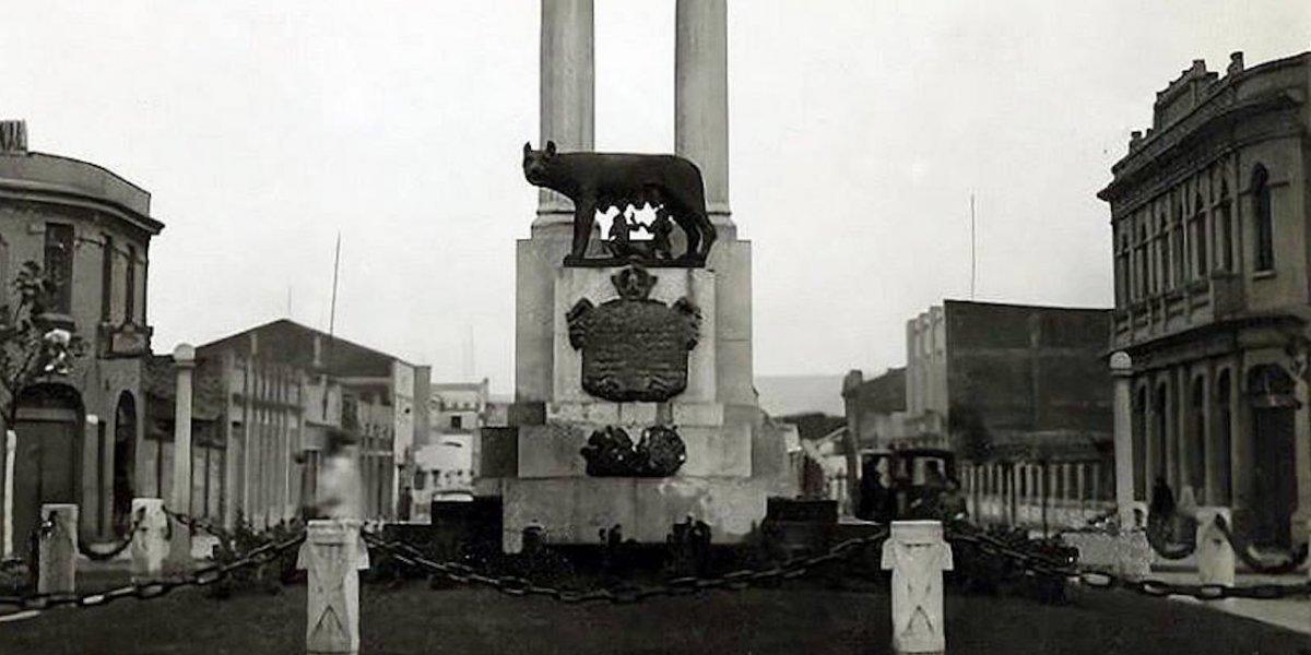 Desde una obra regalada por Mussolini hasta un caballo tamaño real: las otras obras que están perdidas en Chile