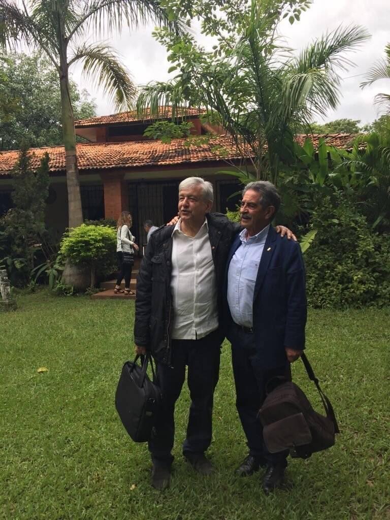 Andrés Manuel López Obrador y Miguel Ángel Revilla, presidente de la comunidad de Cantabria Foto: Twitter