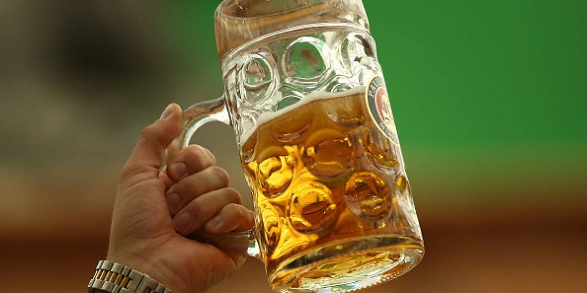 El reto para que usted gane un año gratis de cerveza