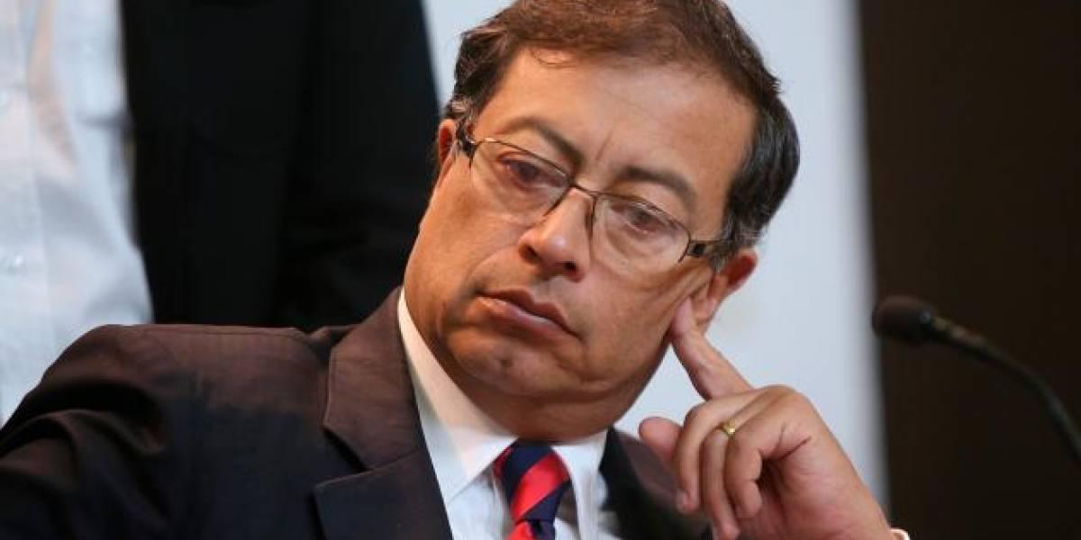 Colombia: Escándalo por video del senador Gustavo Petro recibiendo dinero