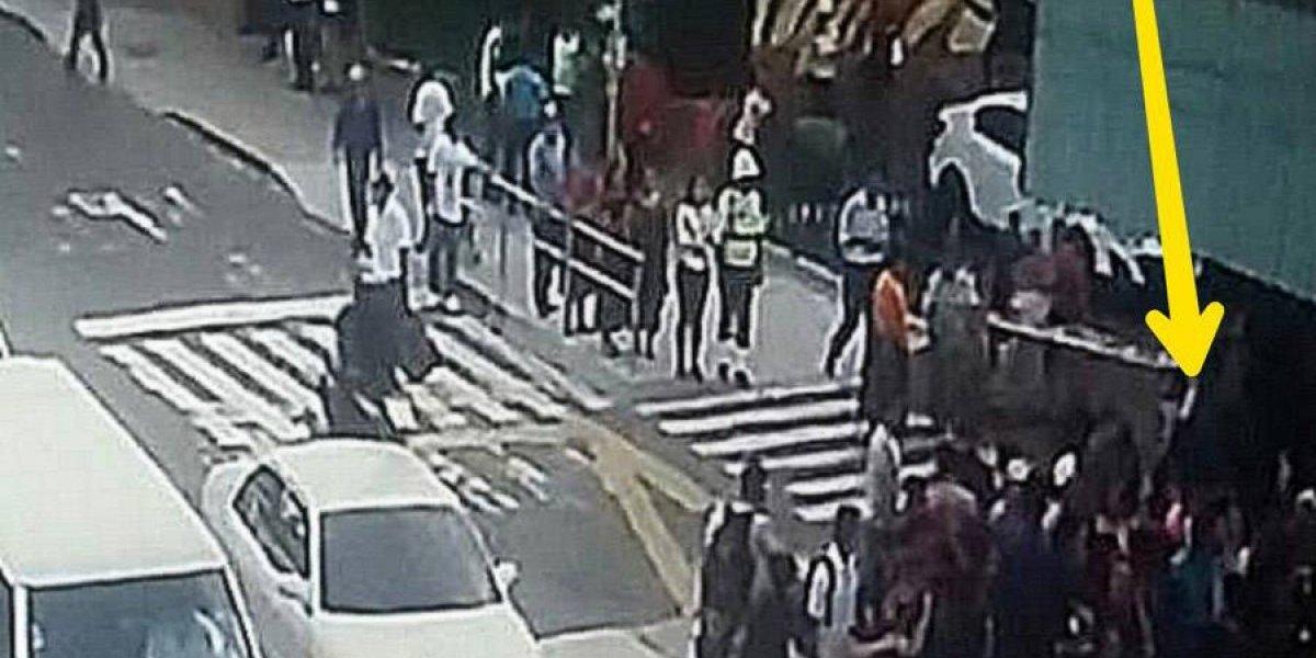 Mujer acusada de robar se salva de ser linchada en la zona 1