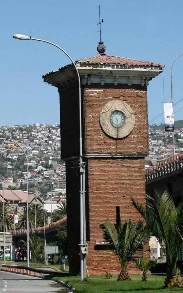El Reloj del Nudo Barón iba a ser reparado pero desapareció. Foto: gentileza Lucy Carmen Fernández