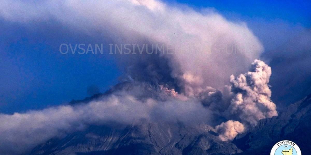 Volcán Santiaguito registra incremento de actividad