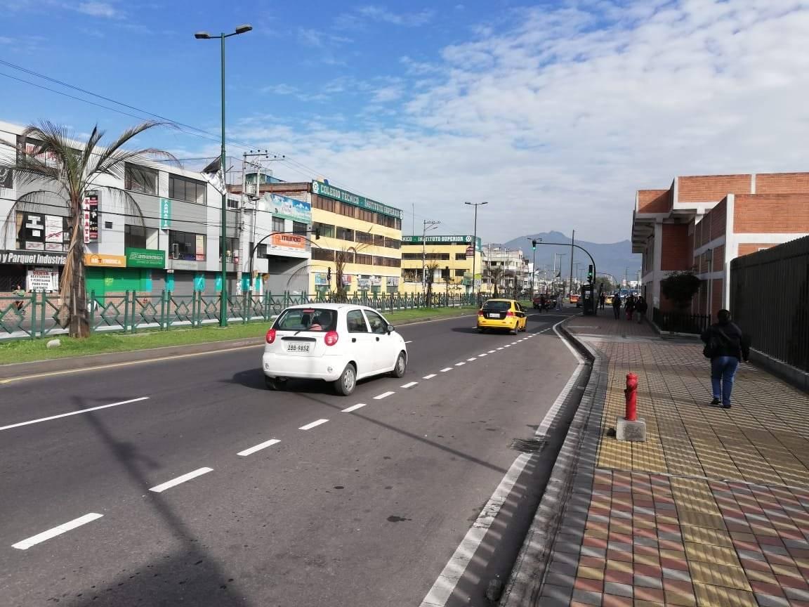 Hasta el momento no hay ningún reporte de la AMT sobre vías o trafico pesado en Quito. Metro Ecuador