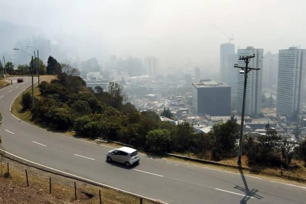 Denuncian que Bogotá aumentará su presupuesto para urbanizar los cerros