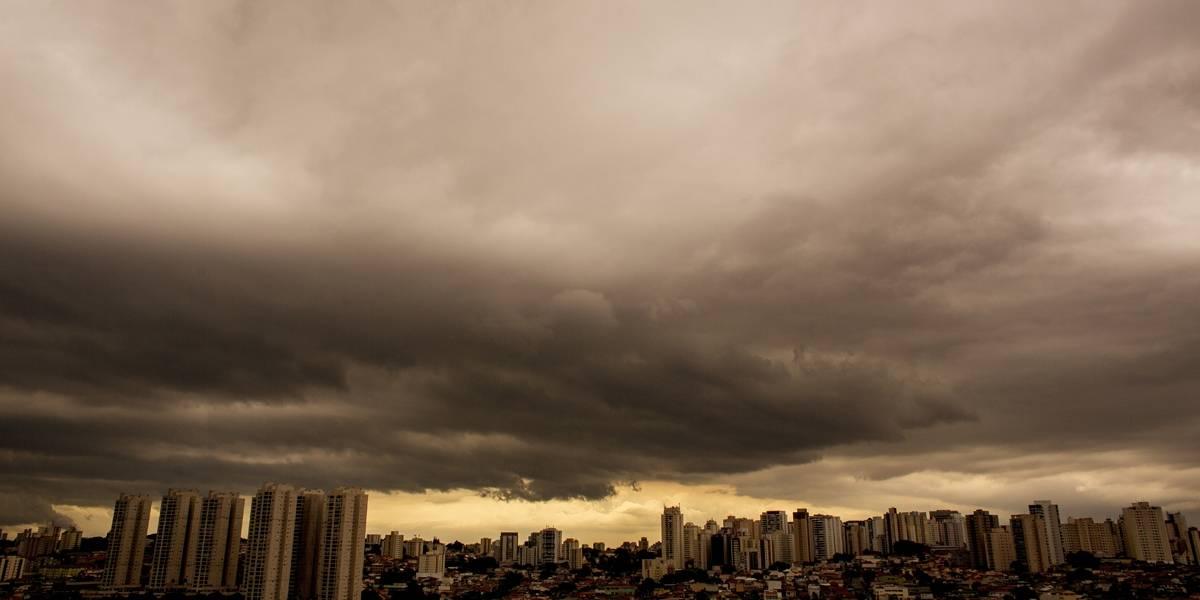 Chuvas colocam toda a cidade de SP em estado de atenção para alagamentos