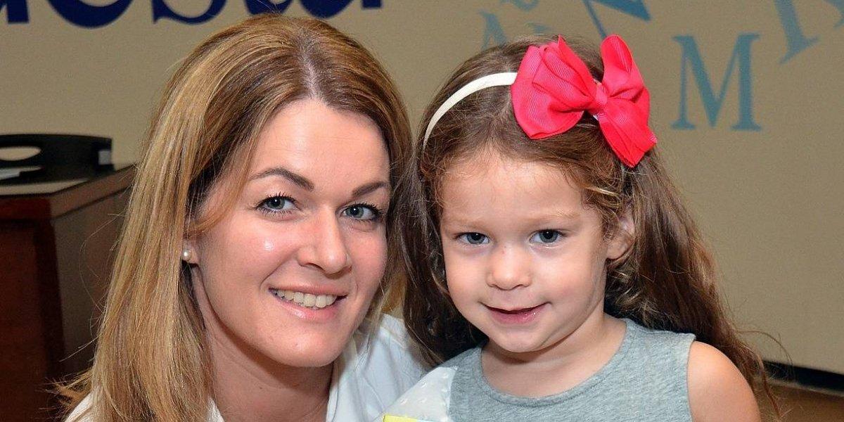"""#TeVimosEn: Yolanda Borras Lanza Libro Infantil """"Una finca para leer, cantar y jugar"""""""