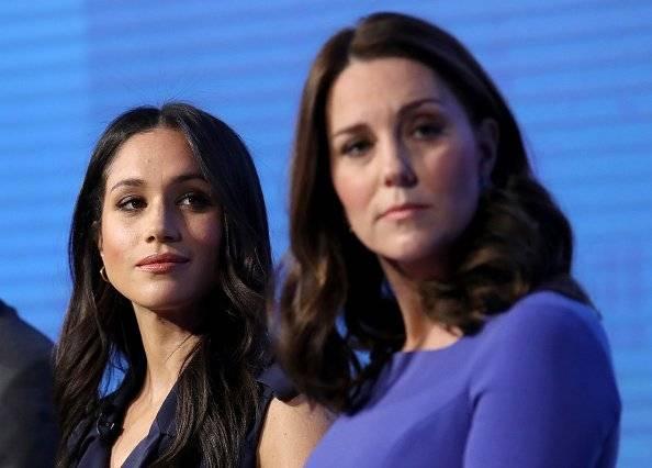 Palacio de Buckingham tuvo que salir a negar sobre pelea de Meghan y Kate