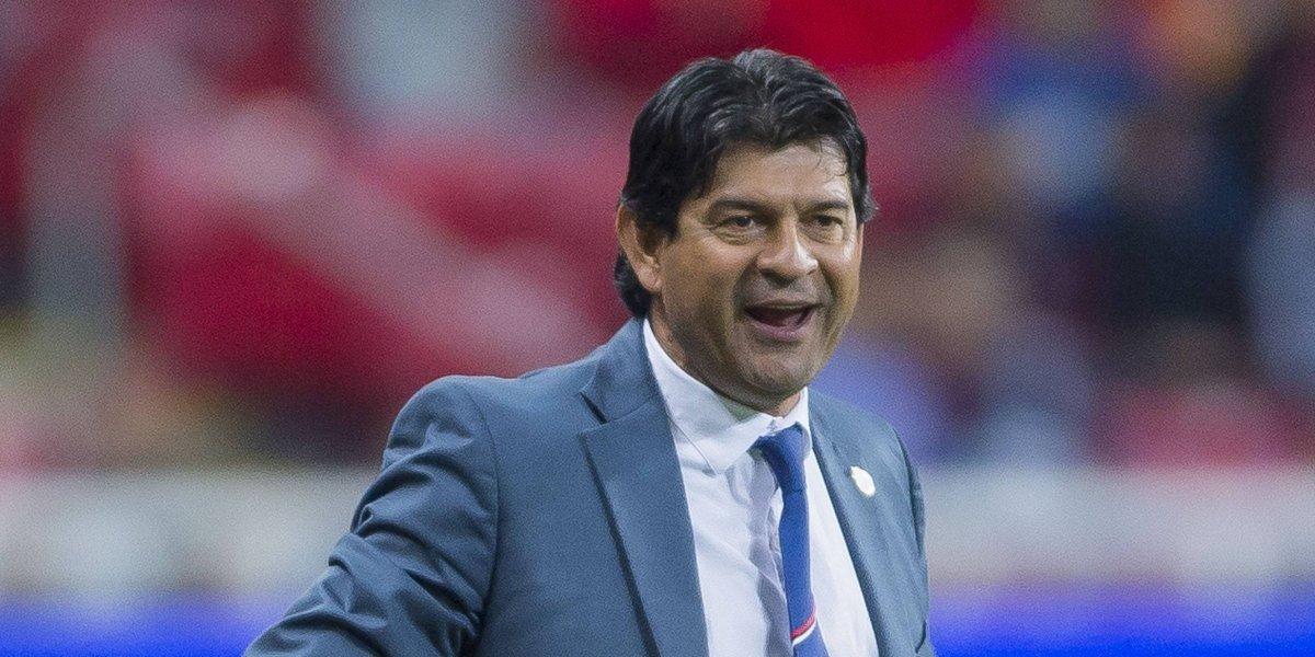 José Saturnino Cardozo, técnico de Chivas, iguala con Mourinho en el ranking de la IFFHS