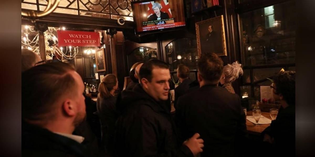 Brexit está levando britânicos a beber mais, diz rede de pubs