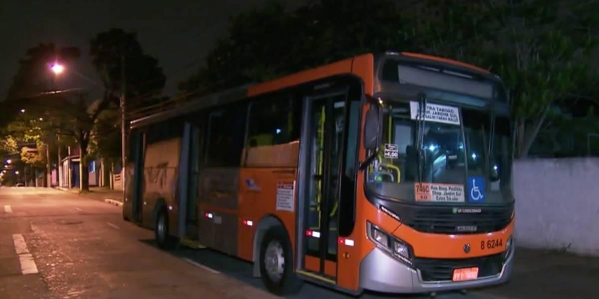Dois homens são presos por arrastão em ônibus na Zona Sul