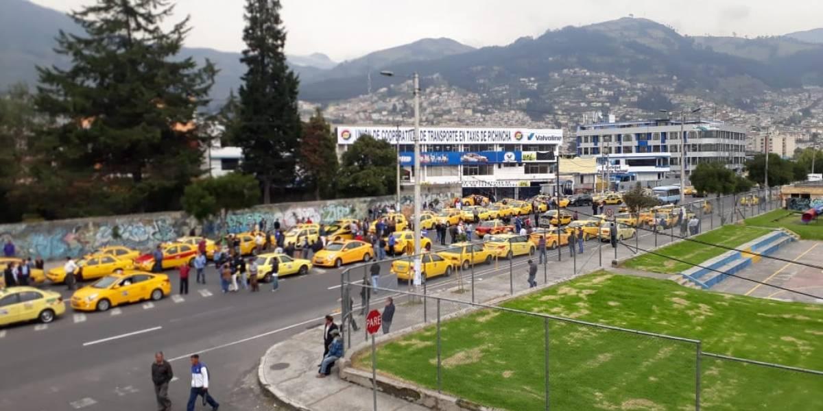 Quito: Se suspende el paro de taxistas del 30 de noviembre
