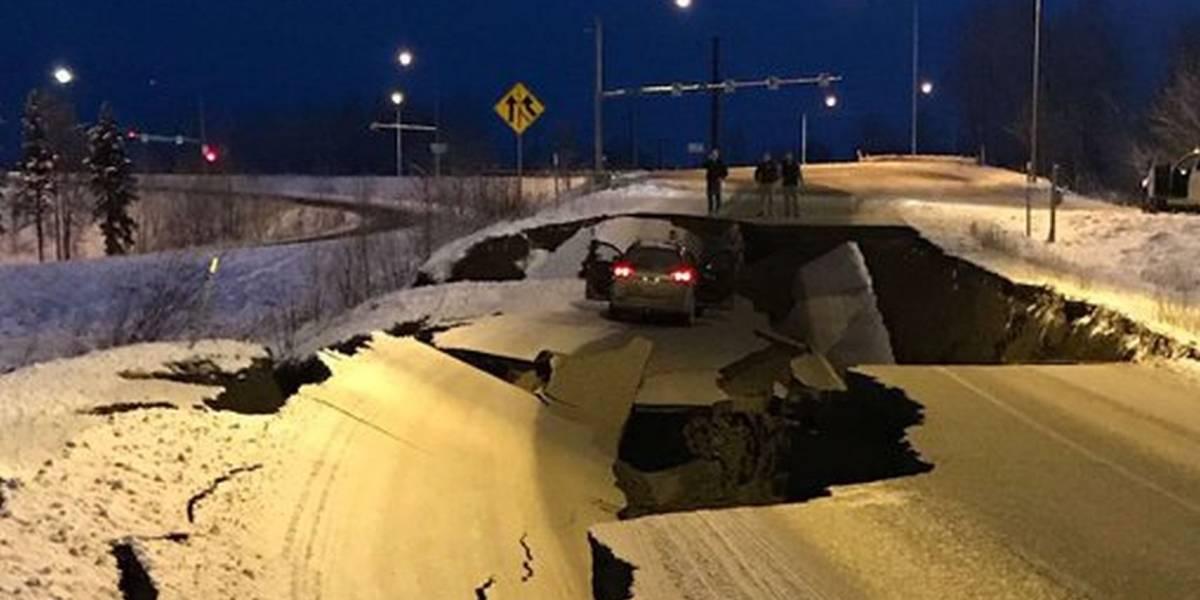 Fotos y videos de los daños causados por el fuerte terremoto en Alaska