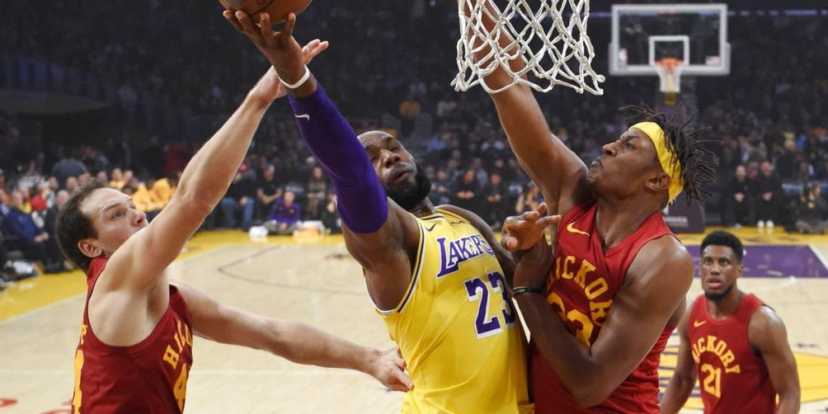 LeBron James y sus Lakers logran victoria ante los Pacers