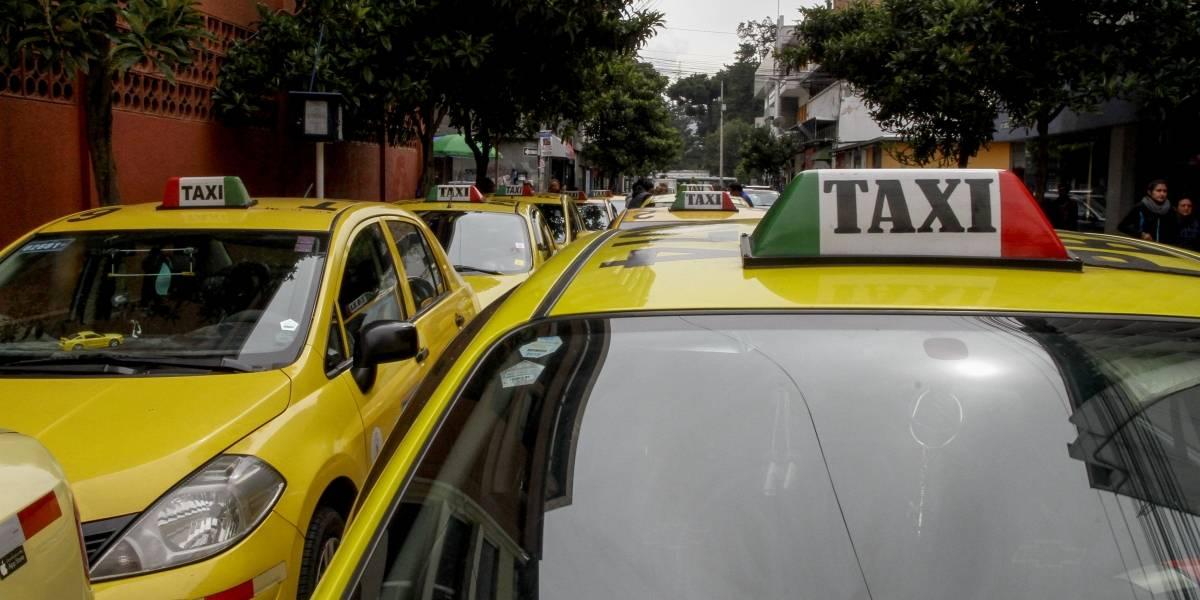 Taxistas convocan a una movilización este 17 de julio