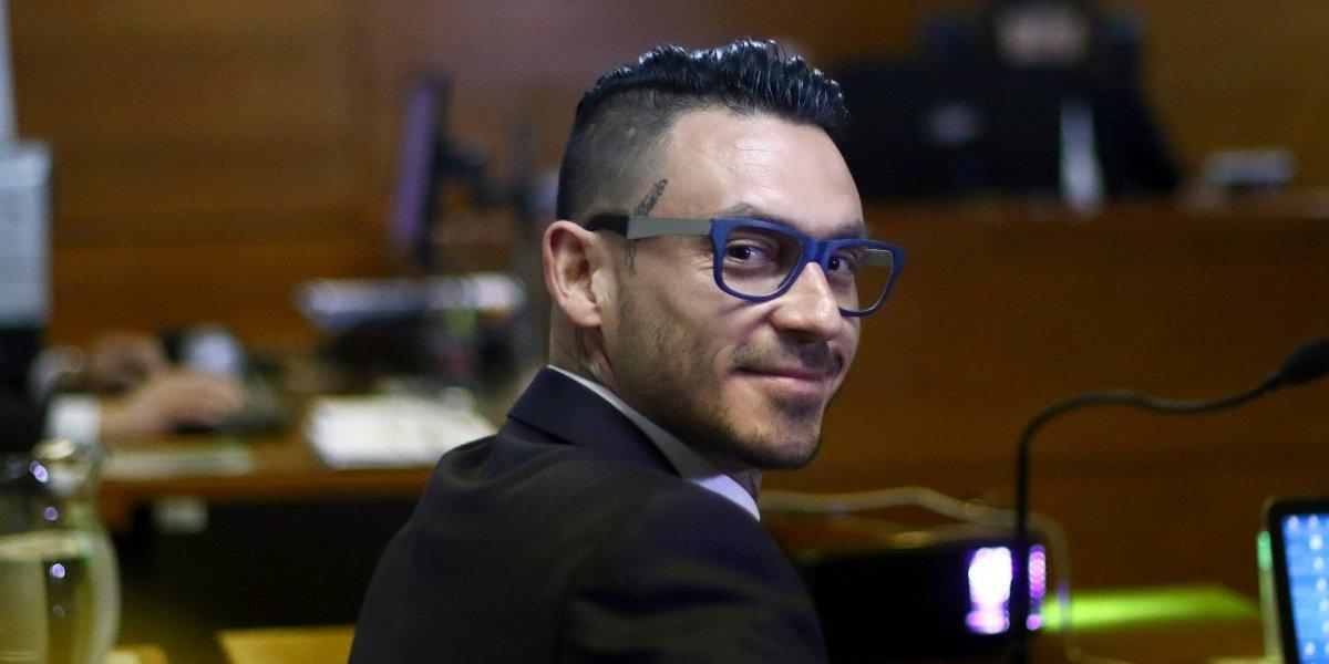 El paso judicial que seguirá Mauricio Pinilla para ganarle el gallito a Azul Azul