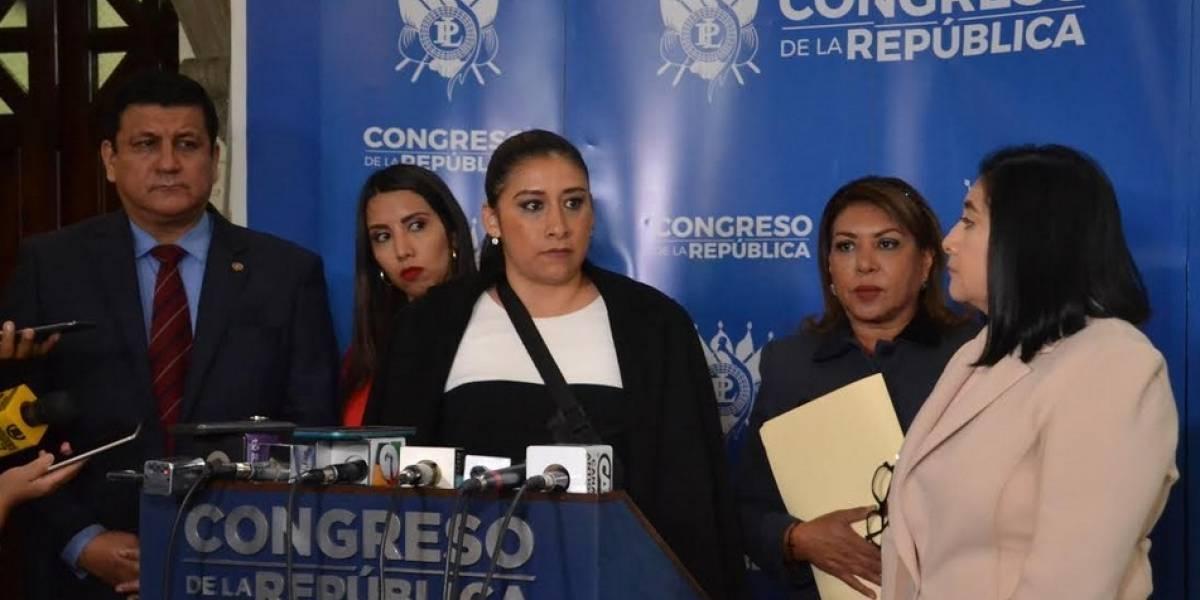 Diputados endurecerán propuesta que pretende sancionar a quienes critiquen a los políticos