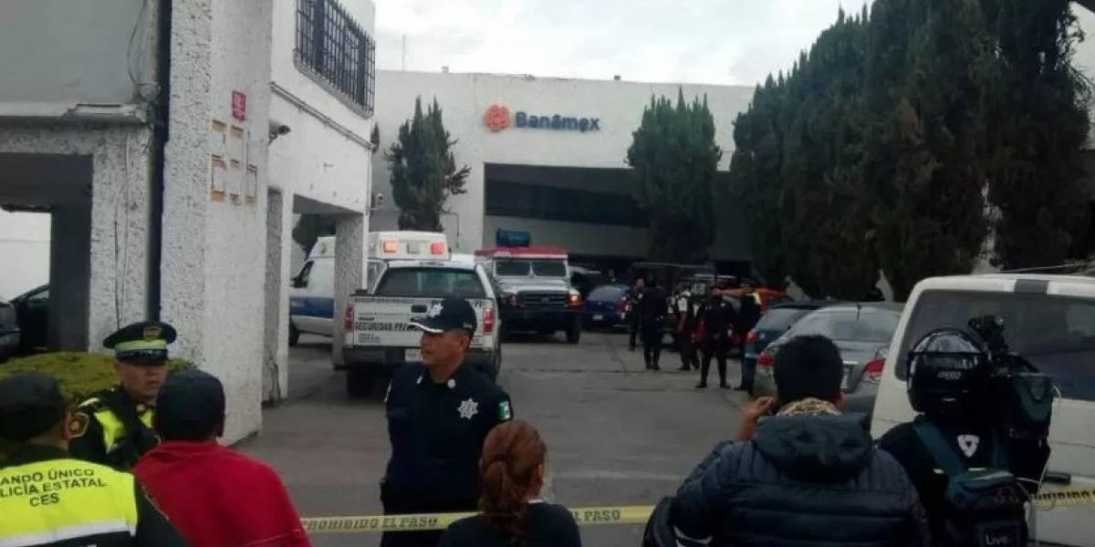 Robo millonario en agencia bancaria en México deja un fallecido y varios heridos