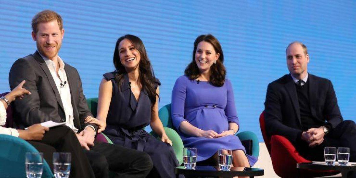 Harry, Meghan, William e Kate aparentemente têm grupo no WhatsApp da família real