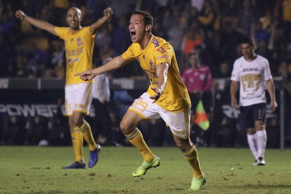 Jesús Dueñas hizo el gol del triunfo para Tigres. / Israel Salazar / Publimetro