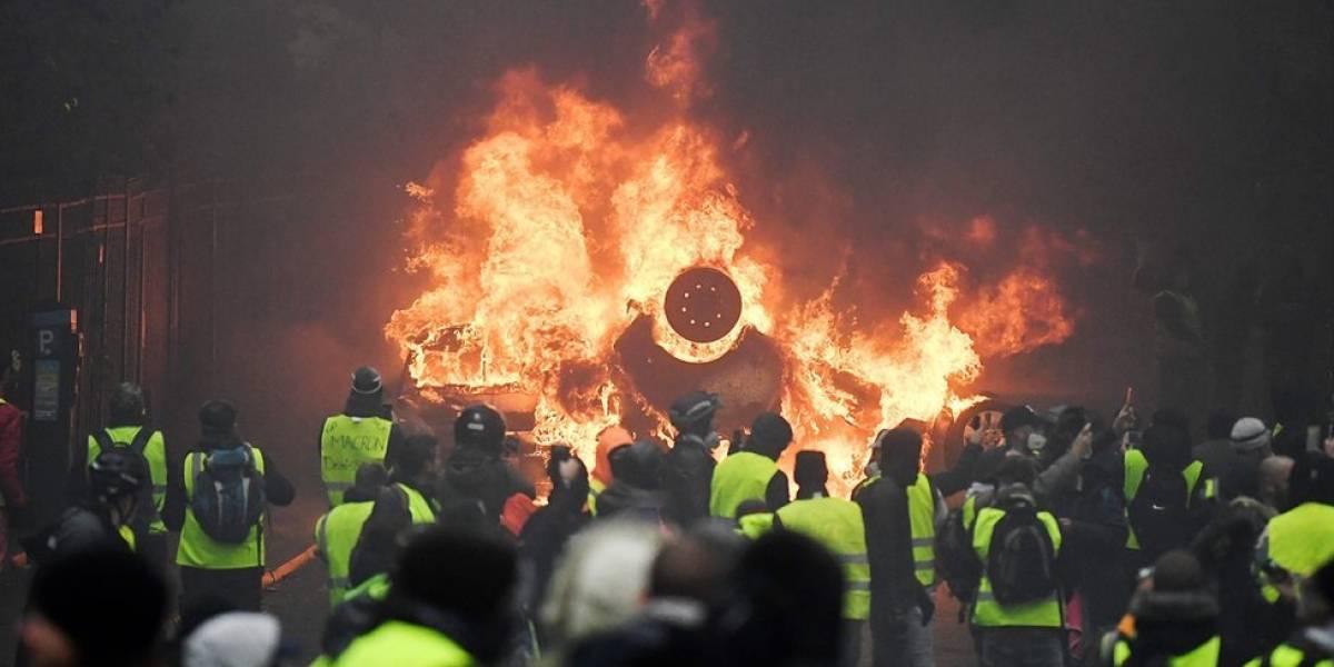 Polícia confronta manifestantes e mais de 200 são presos em 3º fim de semana de protestos em Paris