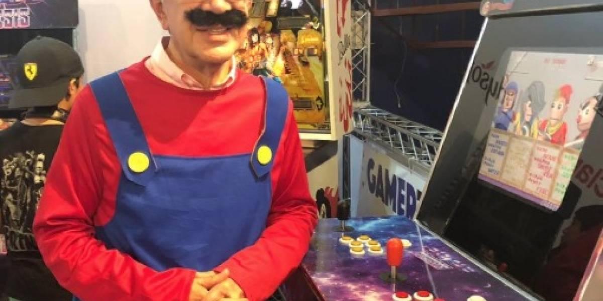 """""""Se pasó"""": Joaquín Lavín haciendo cosplay de Super Mario por la Teletón se ganó el amor de las redes sociales"""
