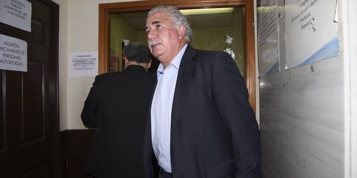 Exministro Salvador Gándara recupera su libertad por orden de juez