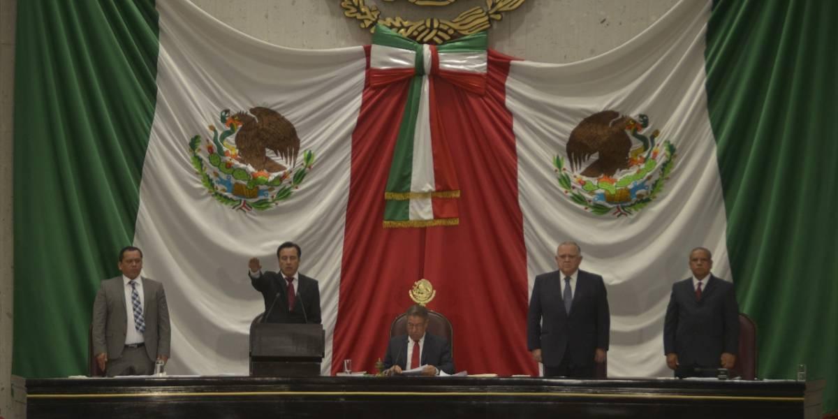 Cuitláhuac García asume como gobernador de Veracruz