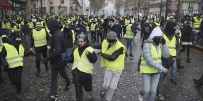 protestasparisfrancia8-621f75c921a87ed9aefdafb8970487ce.jpg