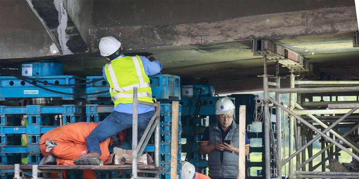 Prefeitura realiza testes para reerguer viaduto na marginal Pinheiros