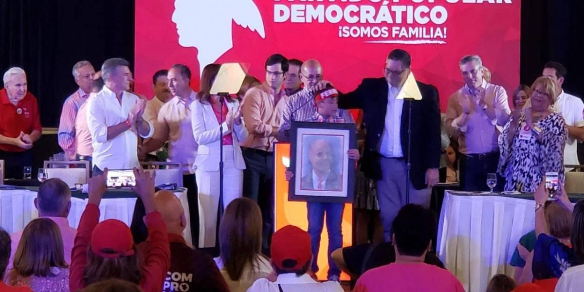Hijo de Héctor Ferrer endosa a Charlie Delgado para la gobernación