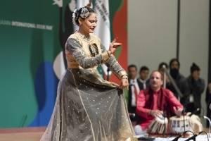 Se despide Portugal de la FIL; bienvenida India