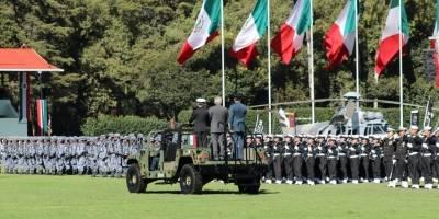 Fuerzas Armadas dan primer saludo a López Obrador
