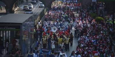 desfilenavidenofestivalsexta16-a6e80e72a8fc73dead9218dabb3539f8.jpg