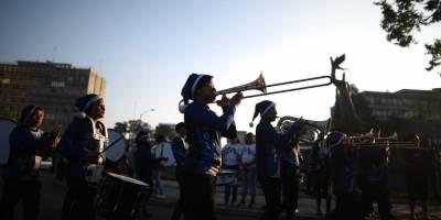 desfilenavidenofestivalsexta4-55f983365a431e73284f5d50cb94011b.jpg