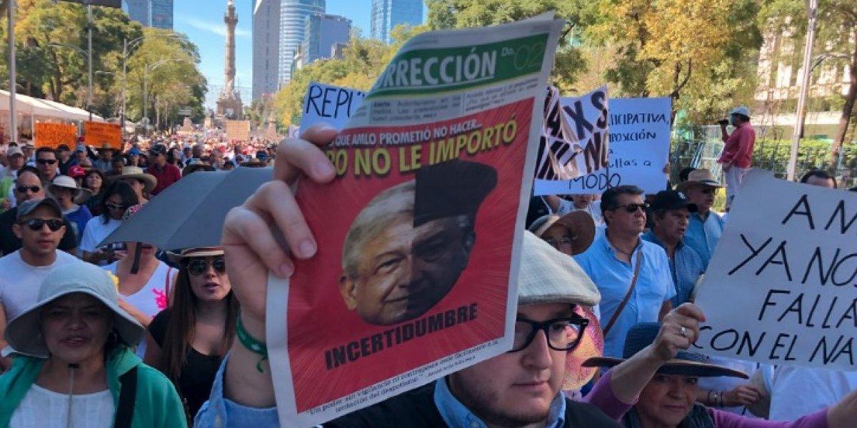 ¡No a la imposición!, piden en la segunda marcha fifí en CDMX