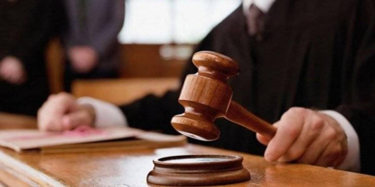 Condenan a 20 años de cárcel a hombre cometió incesto con su hija de 8 años