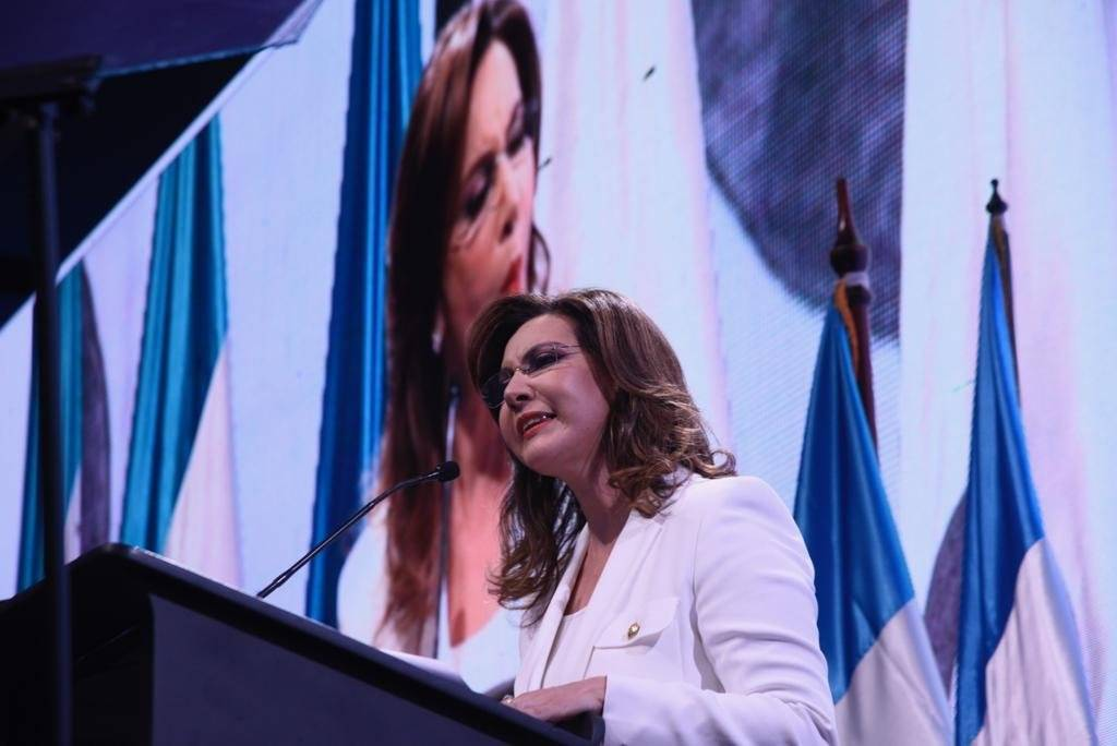 Zury Ríos busca ser inscrita como candidata a la presidencia por el partido político Valor. Foto: Omar Solís