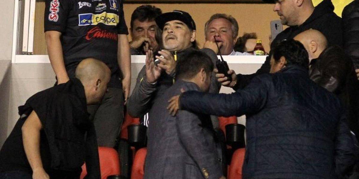 Maradona protagonizó un incidente luego de la derrota de su equipo en la final de la Liga de ascenso, en México